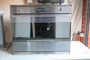 SMEG 700mm Electric Oven Glenunga Burnside Area Preview