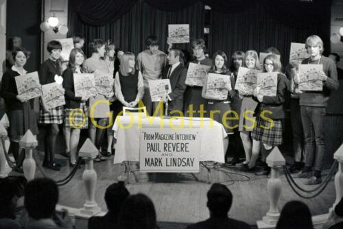 MARK LINDSAY of PAUL REVERE + RAIDERS St. Louis 1966 UNPUBLISHED 8.5x11 PRINT