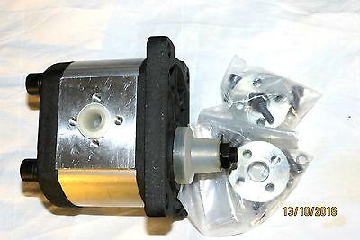 Hydraulik - Zahnradpumpe BG 2 4,0 cm² mit 2 St. Adapterflansch