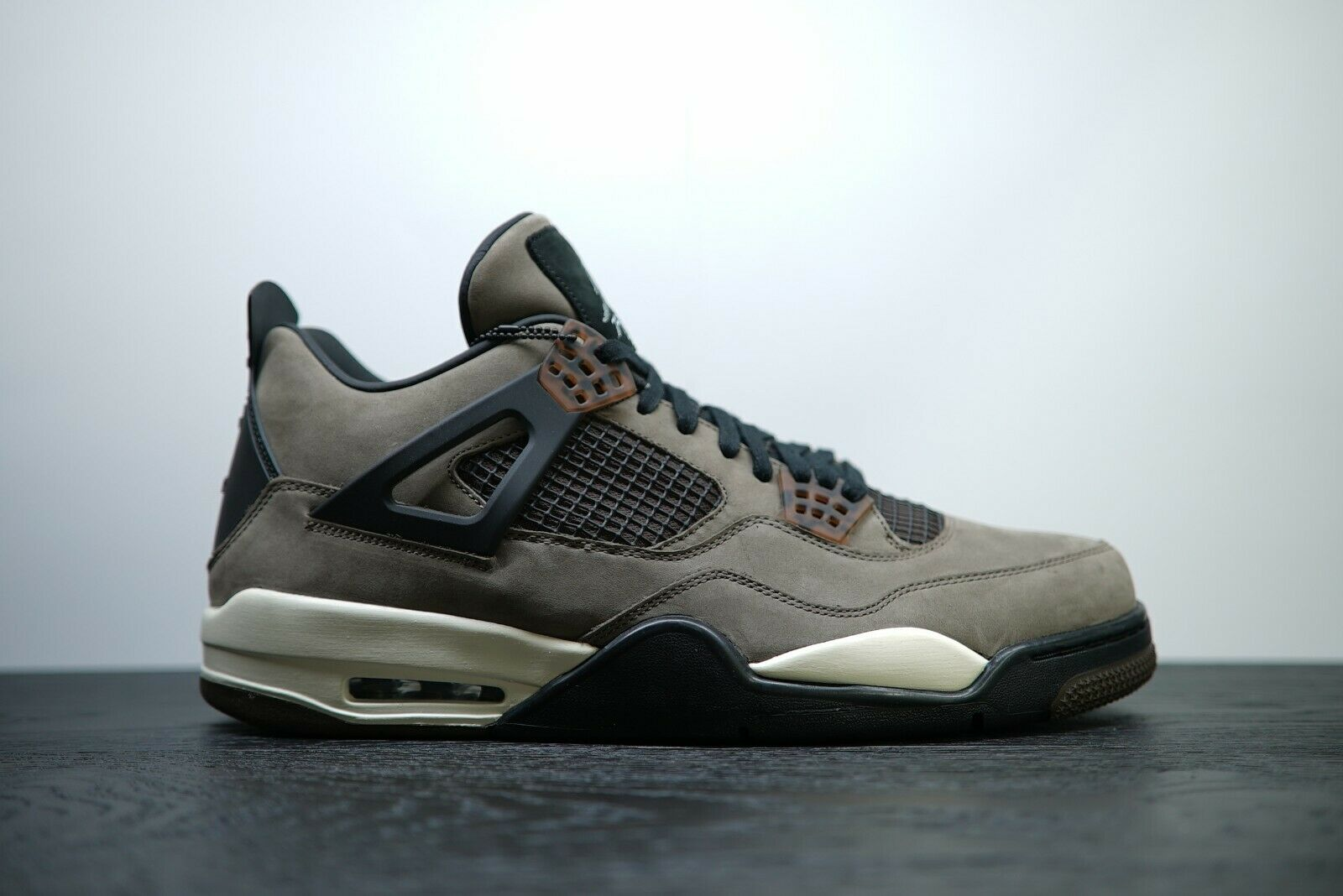 DS Nike Air Jordan IV 4 Retro MOCHA TRAVIS SCOTT FRIENDS AND FAMILY SAMPLE 13