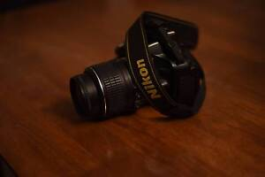 Nikon d5100 with 18-55mm lens with original box Minto Campbelltown Area Preview