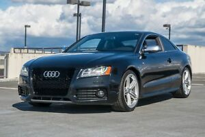 2010 Audi S5 Loaded, Rear Manual 8 Cylinder All Wheel Drive!
