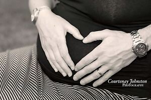 Maternity Photography sessions over 25% off now!