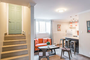 Lindsay Student Residence - 5 Minute Walk From Campus!