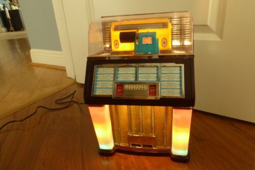 Jukebox Thomas Collectors SELECT-O-MATIC 100 JUKEBOX RADIO AM/FM/CASSETTE PLAYER