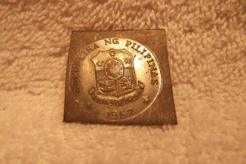 1967 PHILIPPINES UNIFACE TRIAL STIKE 25 CENTAVOS TAGALOG REVERSE LEAD KLIPPE