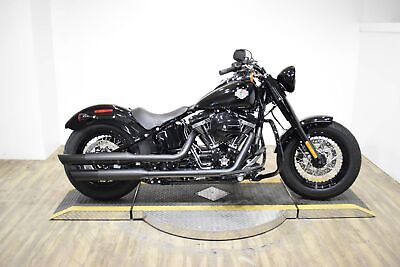 2017 Harley-Davidson Softail Slim® S  Harley-Davidson Softail Slim® S Vivid Black with 1,140 Miles, for sale!