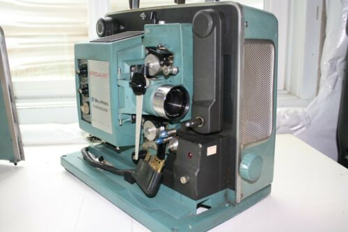 BELL AND HOWELL 16 MM SOUND ARC PROJECTOR