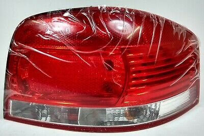 NEW GENUINE AUDI A3 8P 2DR DRIVERS RIGHT REAR TAIL LIGHT   8P0 945 096 A