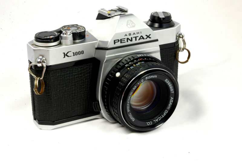 Pentax K1000 35mm SLR Camera Kit w/ 50mm Lens - Very Good