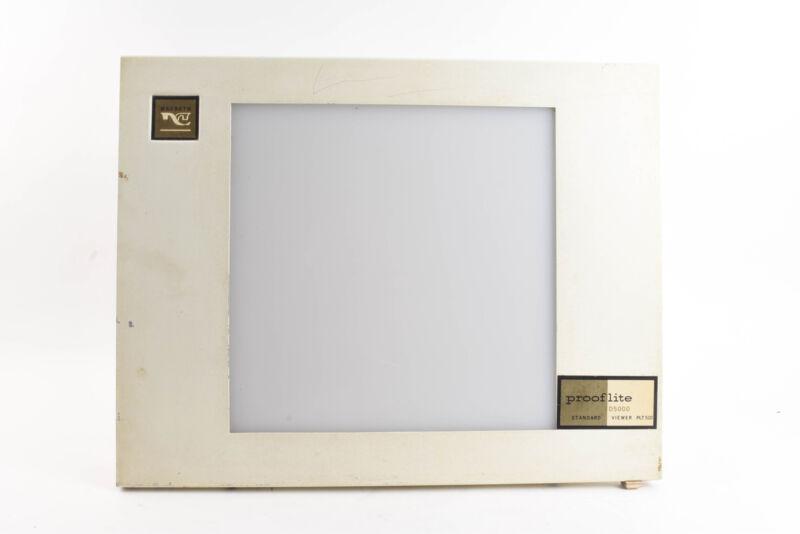 Macbeth Prooflite Standard Viewer D5000 Model PLT-510 120VAC 60Hz .7A 50W V70