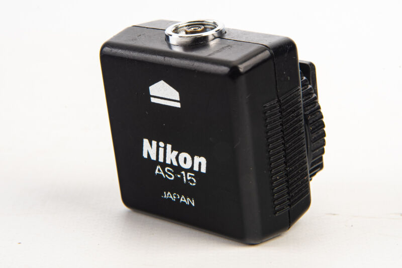 Nikon AS-15 Hot Shoe to PC Flash Adapter TESTED V12
