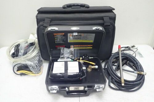 Applus Autologic Model 310-0111 Portable Gas Analyzer with Accessories & Case