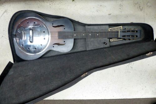 EARLY BLUES LAP GUITAR - IN CASE - OLD METAL SLIDES - STRING PACKETS ESTATE ITEM