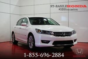 Honda Accord 2015 SPORT + MAGS + CRUISE + BLUETOOTH + WOW !!!