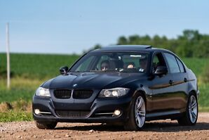 2009 BMW 335xi | Sports package | 6-Speed manual