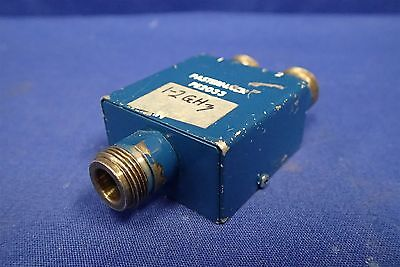 Pasternack Pe2033 1-2ghz 50 Ohm 2 Way N Power Divider
