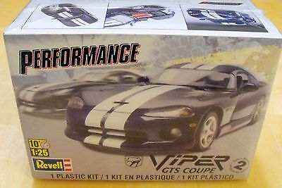 New Sealed Revell Dodge Viper GTS Coupe 1:25 Scale Model Car Kit