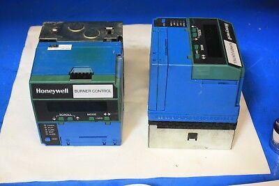 Honeywell Burner Control Q7800 B 1003 With Base And Keyboard Control