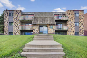 Free May Rent~Great location! Great price! Call 314-0155 to view