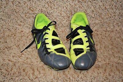 7b5c2e95d Nike Total 90 Shoot III FG Soccer Cleats Boys Sz 4.5Y Gray Yellow 4.5 Youth