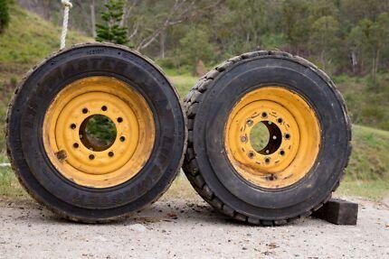 New Holland Skidsteer tyres