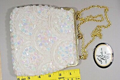 Created by Diga LA REGALE wonderful Small white beaded satin purse Hong Kong