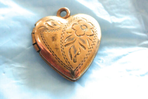 VINTAGE STERLING WITH GOLD FILLED OVER SILVER PHOTO LOCKET PENDANT HEART SHAPE