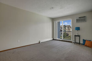 East Side, 2 Bedroom Suite w/ In-Suite Laundry!