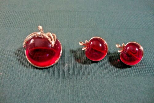 Vintage Sarah Coventry Apple Pin & Matching Clip On Earrings