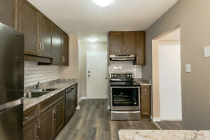 **NEWLY RENOVATED** 2 Bedroom Townhouse!!