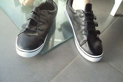 CHAUSSURES/ESCARPINS - chaussures noires/baskets ARDENNE - T 6 - NEUF PA 22,50$