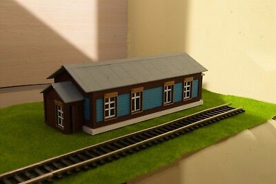 Prefabricated model of a small wooden station 1/87 HO