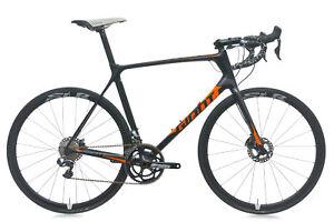 2017 Giant TCR Advanced Pro Disc Road Bike 60cm X-LARGE Carbon 700c Shimano Di2