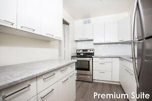 Maple Ridge On The Parc - 114 Arbour Glen Cres. *Premium Suite*