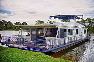 Houseboat - Registered for Holiday Hire Murray Bridge Murray Bridge Area Preview