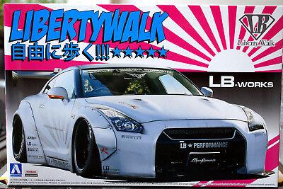 2014 Nissan Skyline GT-R R 35 LB Works Liberty Walk II JDM 1:24 Aoshima 054031