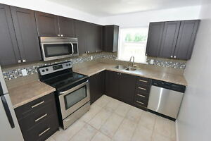 FULLY RENOVATED 2 BEDROOM @Rose Court!