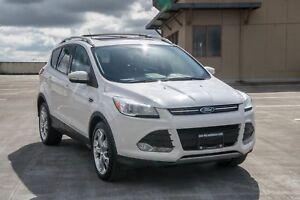 2015 Ford Escape Loaded! Leather, Navigation!