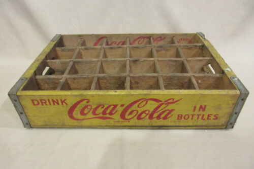 Vintage 1968 Yellow Coca-Cola Wooden Carrier: Chattanooga 24-bottle Coke -RARE!!