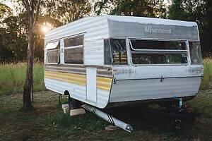 1981 Viscount Grand Tourer Caravan, 18ft, Vintage Burnside Maroochydore Area Preview
