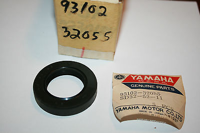 nos Yamaha snowmobile secondary shaft inner seal sl351