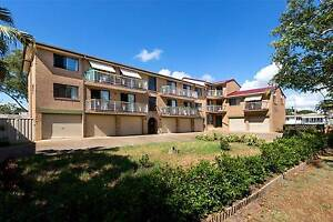 SUPERB LOCATION – STROLL TO THE BEACH!!!! Redcliffe Redcliffe Area Preview
