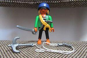 Playmobil-Huevo-4919-Piratas-Pirata-Pistola-Espada-Gancho-COMPLETO