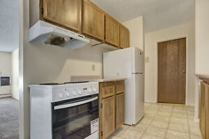 Big,Bright & Beautiful 1 Bdrm with a Balcony Call 306-314-0448