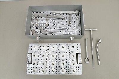 Howmedica Pfizer Endo Trial Instrument Case W Heads Stems Rasps 14832 B33