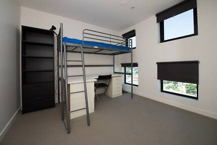 ROOM FOR RENT SOUTHBANK AREA BILLS INCLUDED