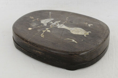 Chinese  Ink  Stone  With  Wood  Box     M3489