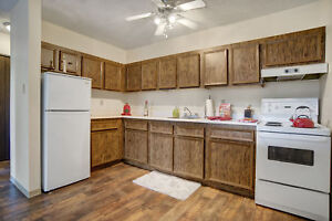 Spacious 1 Bedroom Avail Now Call (306) 314-0448