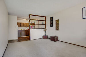 Spacious 1 Bedroom Avail Call (306)314-0448. Free June Rent!!